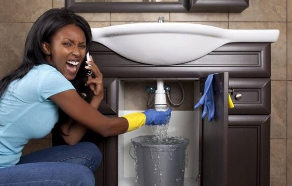 Customer angry at pipe leak